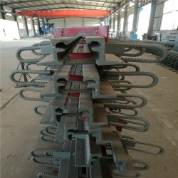 桥梁伸缩缝GQF-C型公路伸缩缝毛勒缝伸缩缝橡胶支座厂家